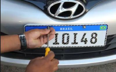 Implantação de placas do Mercosul tem início ainda este mês
