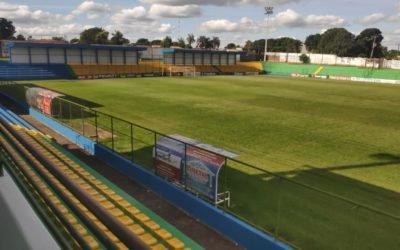 Estádio Ferreirão em Iporá recebe cobertura nas arquibancadas e cadeiras