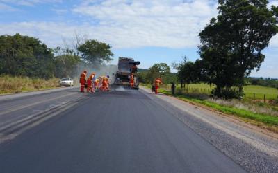 Governo de Goiás retoma restauração da GO-060 e anuncia pacote de obras em várias regiões do Estado