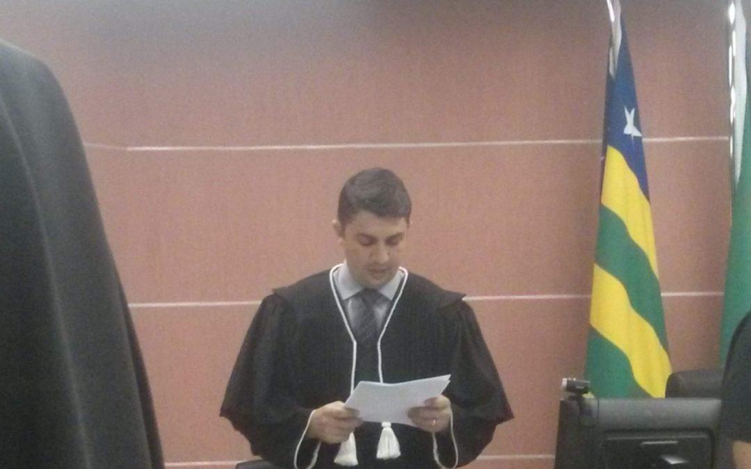 Juiz revoga própria decisão e autoriza comércio a funcionar