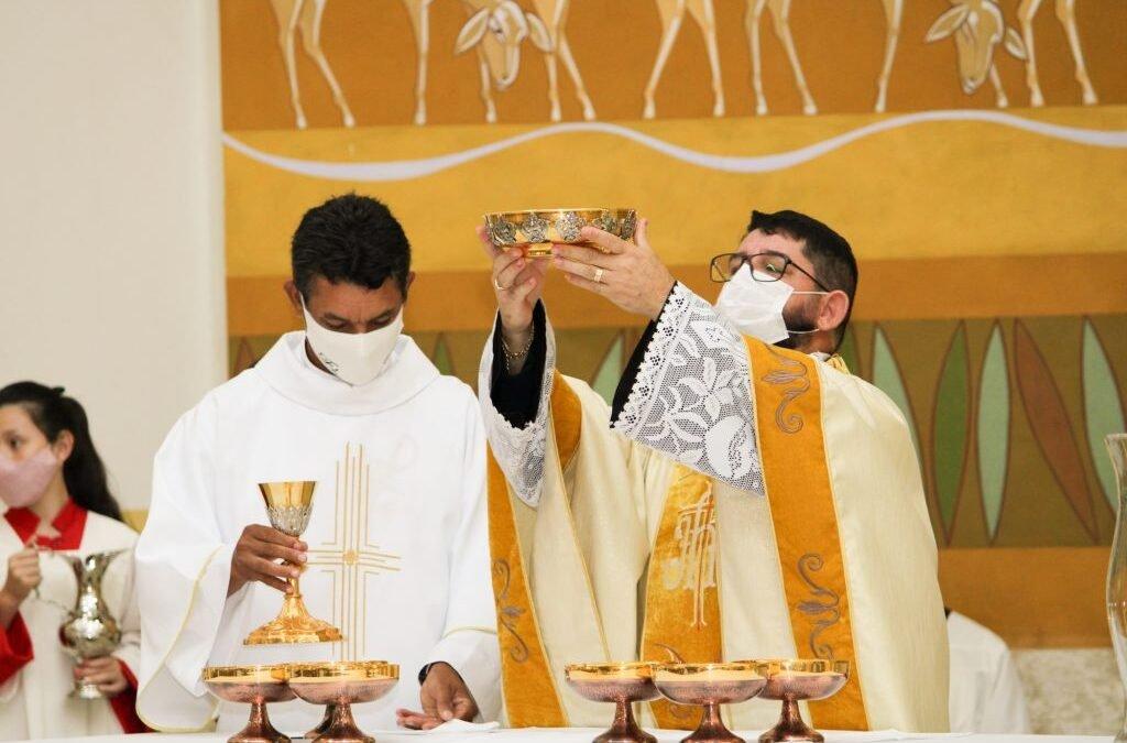 Igreja catedral celebra aniversário de dedicação