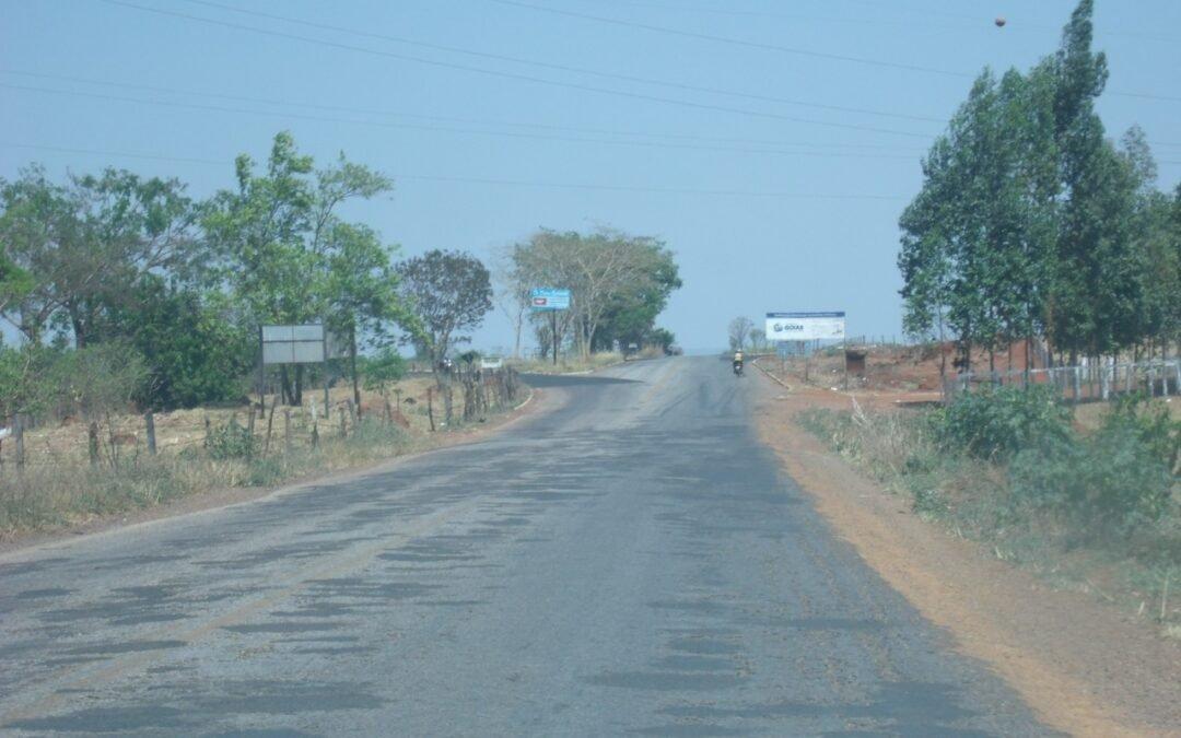 GO 174 Diorama Montes Claros obra de asfalto será retomado