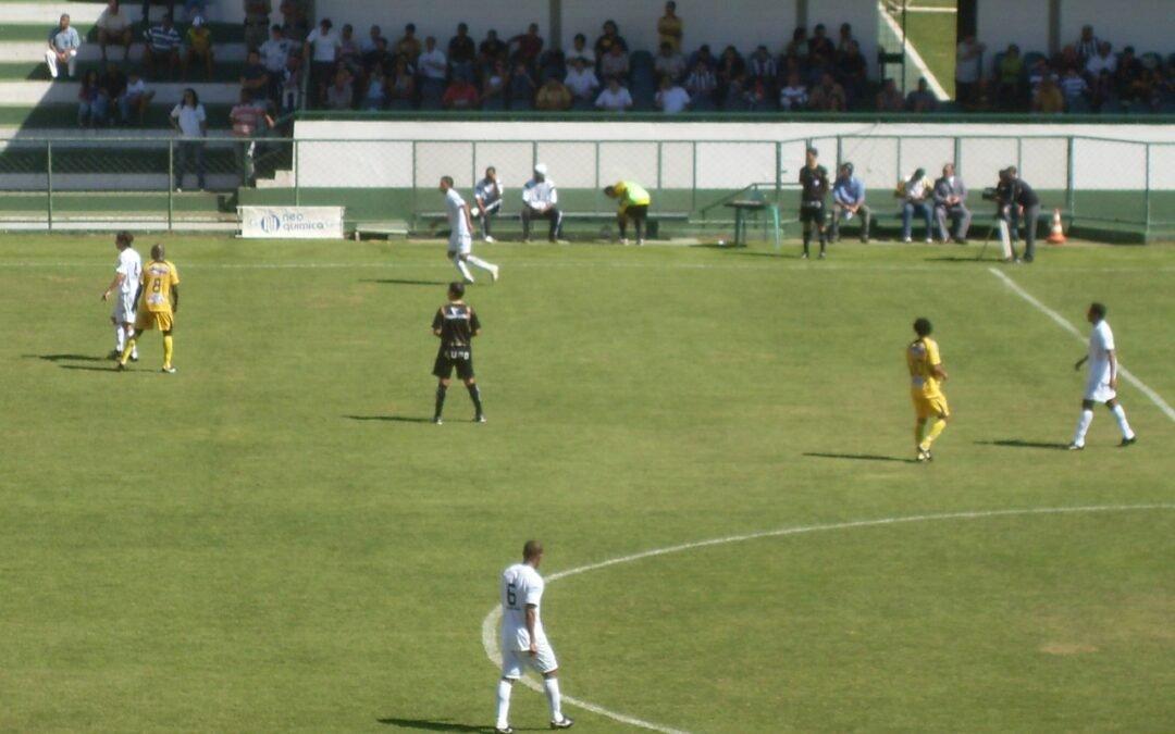 Goiás e Iporá, jogo decisivo na elite do Campeonato Goiano quinta 22