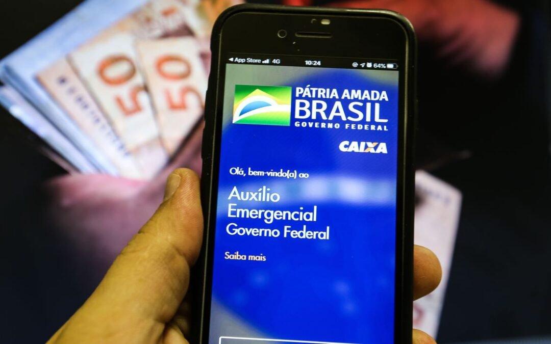 Auxílio emergencial foi pago a servidores de São Luís de Montes Belos e Paraúna