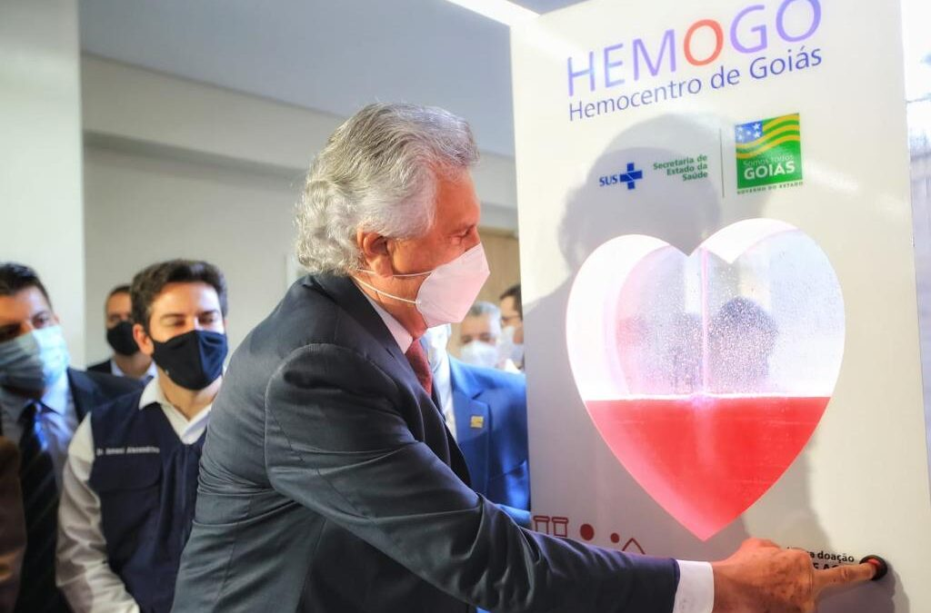 Caiado inaugura reforma e ampliação do Hemocentro Coordenador Estadual de Goiás, que faz homenagem ao ex-prefeito de Goiânia, professor Nion Albernaz