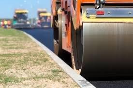 Governo amplia obra de asfalto do anel viário em Iporá